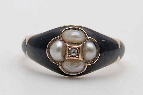 Early Victorian mourning ring