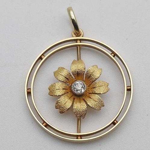 Edwardian gold and diamond pendant