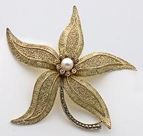 Theodor Fahrner flower brooch