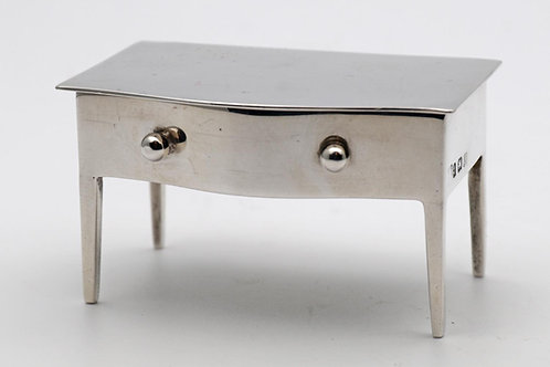 Miniature silver table stamp box