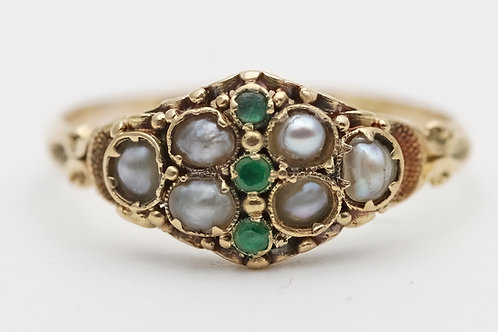 Victorian ring in 18ct gold emeralds/pearls
