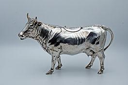Jean L. Schlinghoff cow creamer, Hanau 1900/1910,