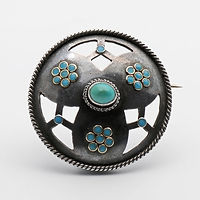 AiO 143313 Arts and Crafts Silver brooch