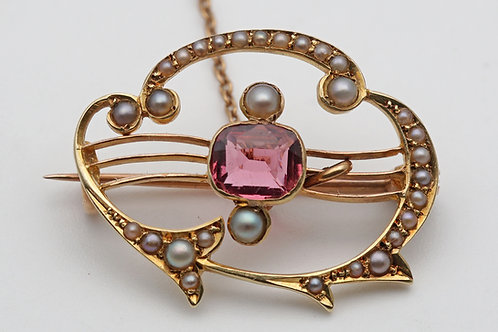 Art Nouveau gold brooch with pearls and pink tourmaline