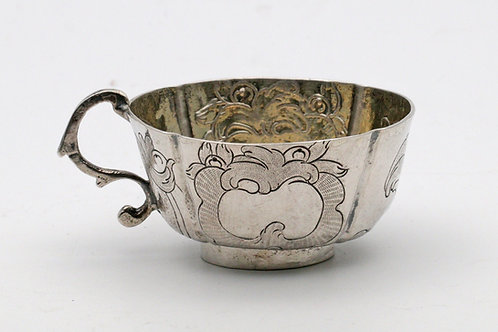 Catherine II Russian silver vodka cup 1774