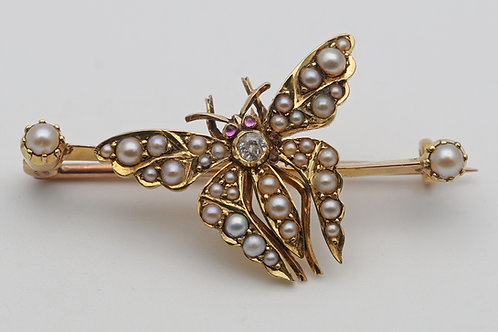 Early 20th Century 18ct gold butterfly brooch