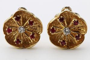 AiO 143102 Pair of ruby and diamond ear