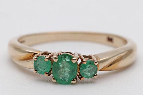 Vintage Columbian emerald ring
