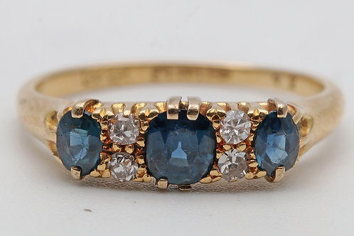 Victorian 18ct gold ring with sapphires