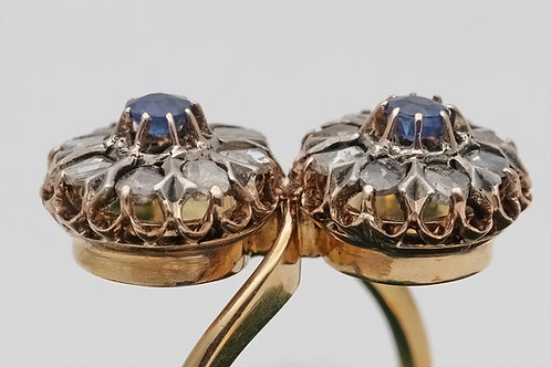 Antique Victorian Toi et Moi gold sapphire and diamond ring