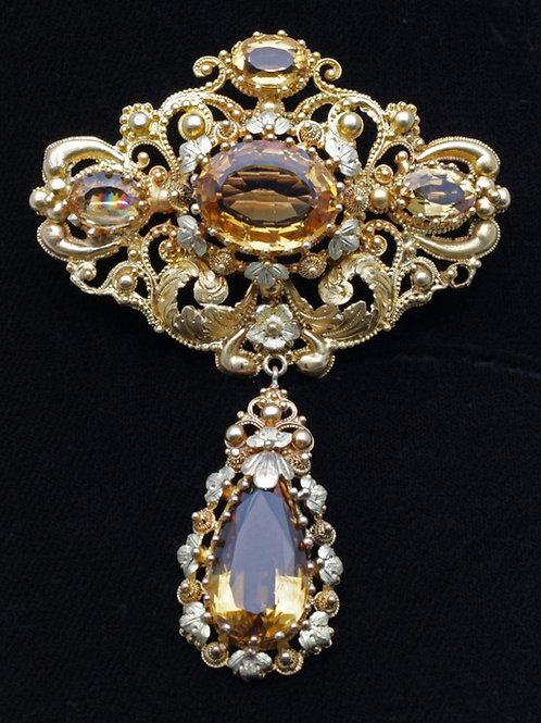 Mid-19th century 18ct gold brooch