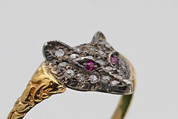 diamond and ruby gold fox ring