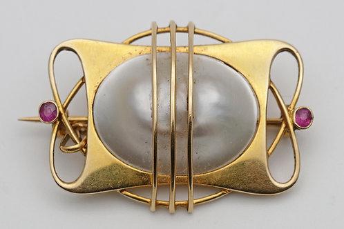 Art Nouveau Murrle Bennett gold brooch