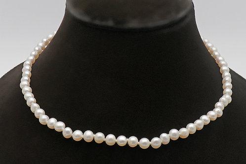 Vintage string of real pearls