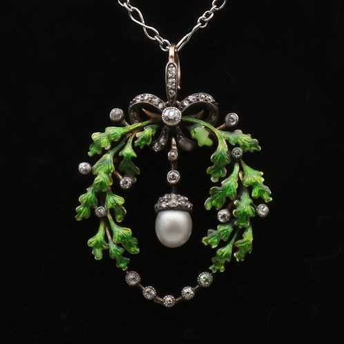 Victorian oak-leaf pendant