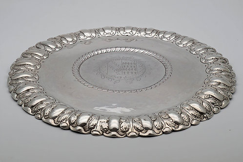 Extremely rare Commonwealth silver porringer stand or salver, Rutty, 1656