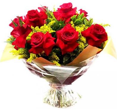 Buquê com 08 rosas colombianas