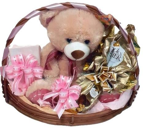 Urso com Ovo Ferrero Rocher e Bombons