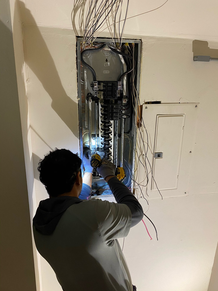Installing a new electric panel