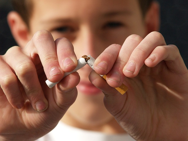 Help to quit smoking Windsor Essex On Dr Scott Colasanti