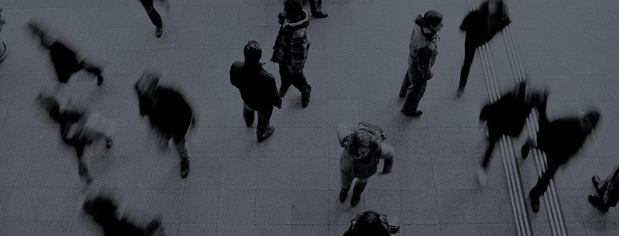 pedestrians-1209316_1280.jpg