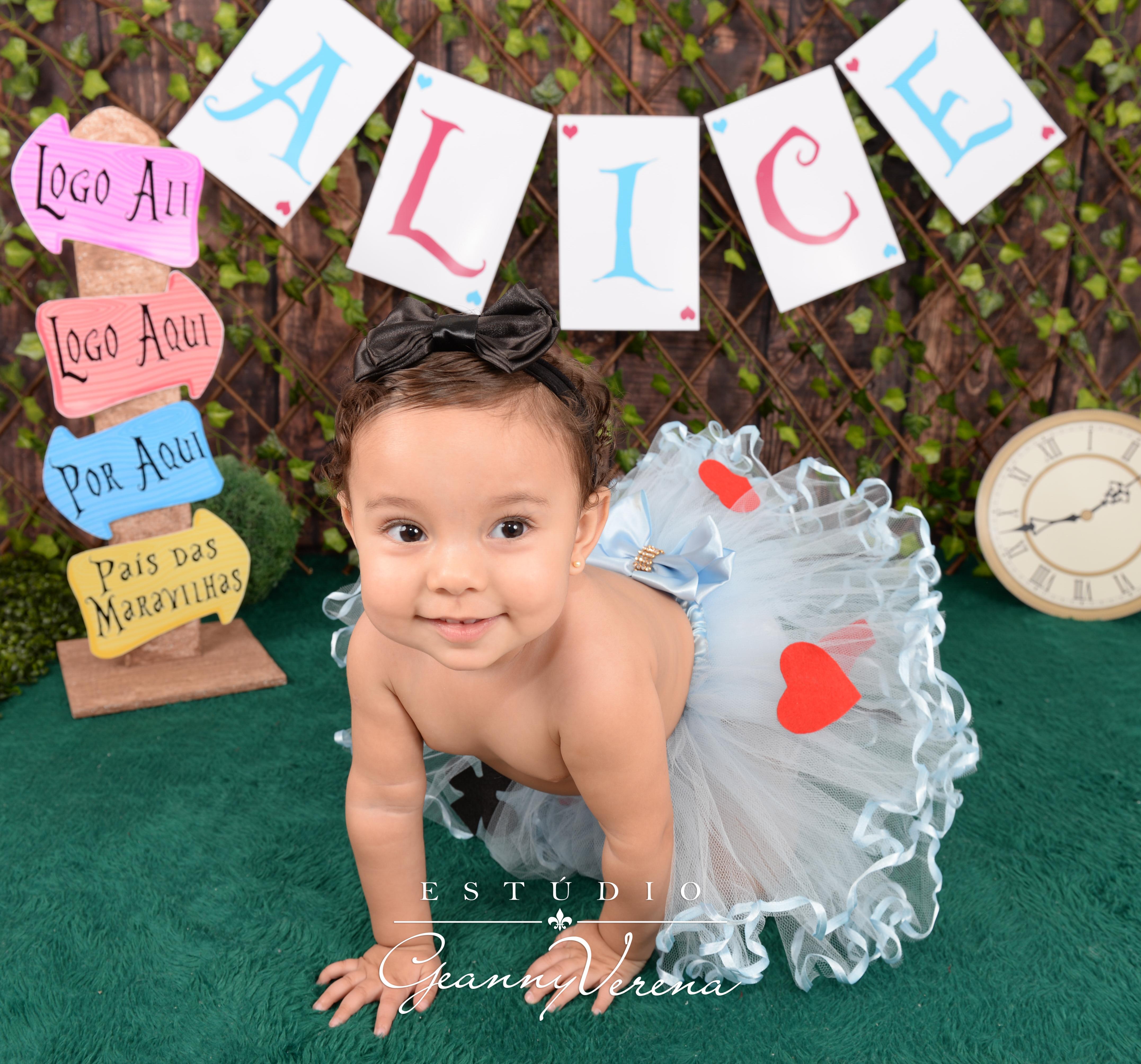 Alice 1 ano (1030)