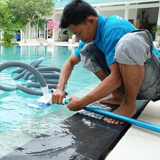 Pool  Cleaning.jpg