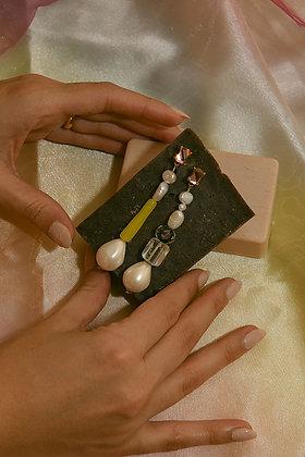 EDITORS' PICKS DROP Earrings