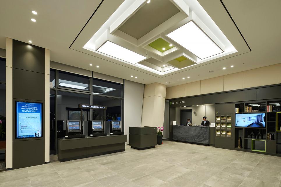 APstudio_hotels_140.jpg