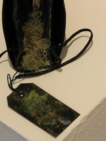 Replica convict cap with site mosses