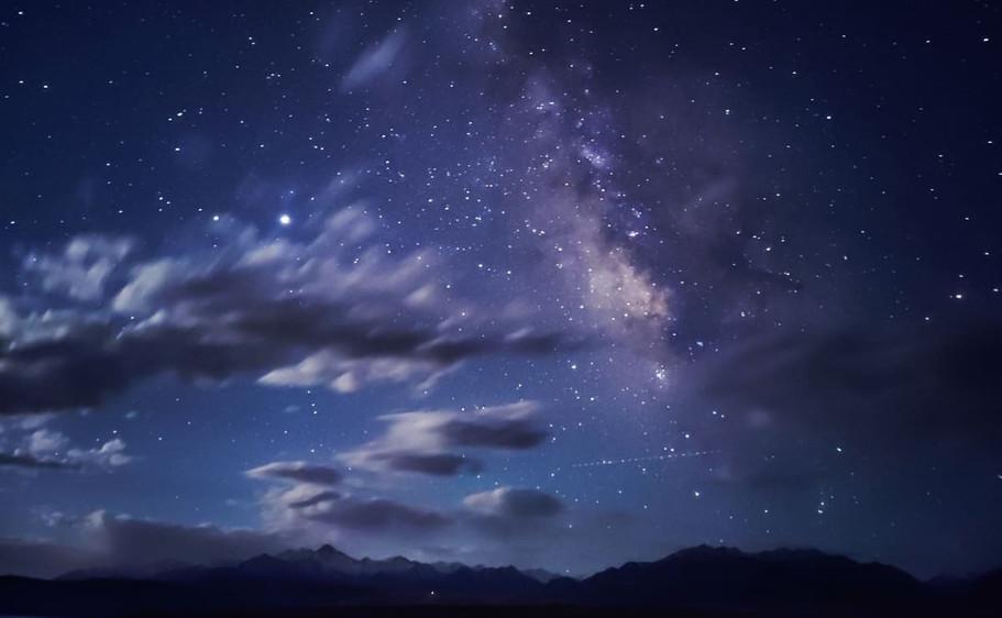 x50pro-night-img2-lg.jpg