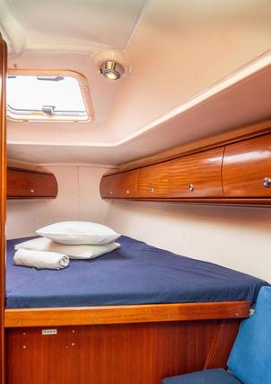 Forward double cabin