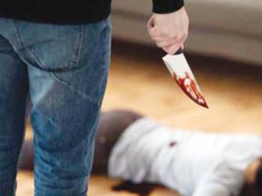 جريمة بشعة في الصعيد.. ربة منزل «تذبح» طفلاً بالسكين