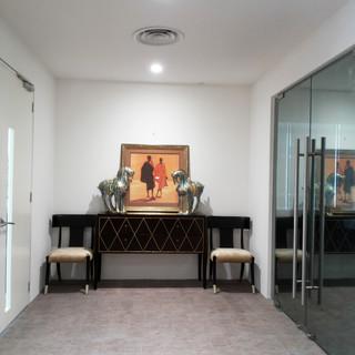 Entrance Meeting Room.jpg
