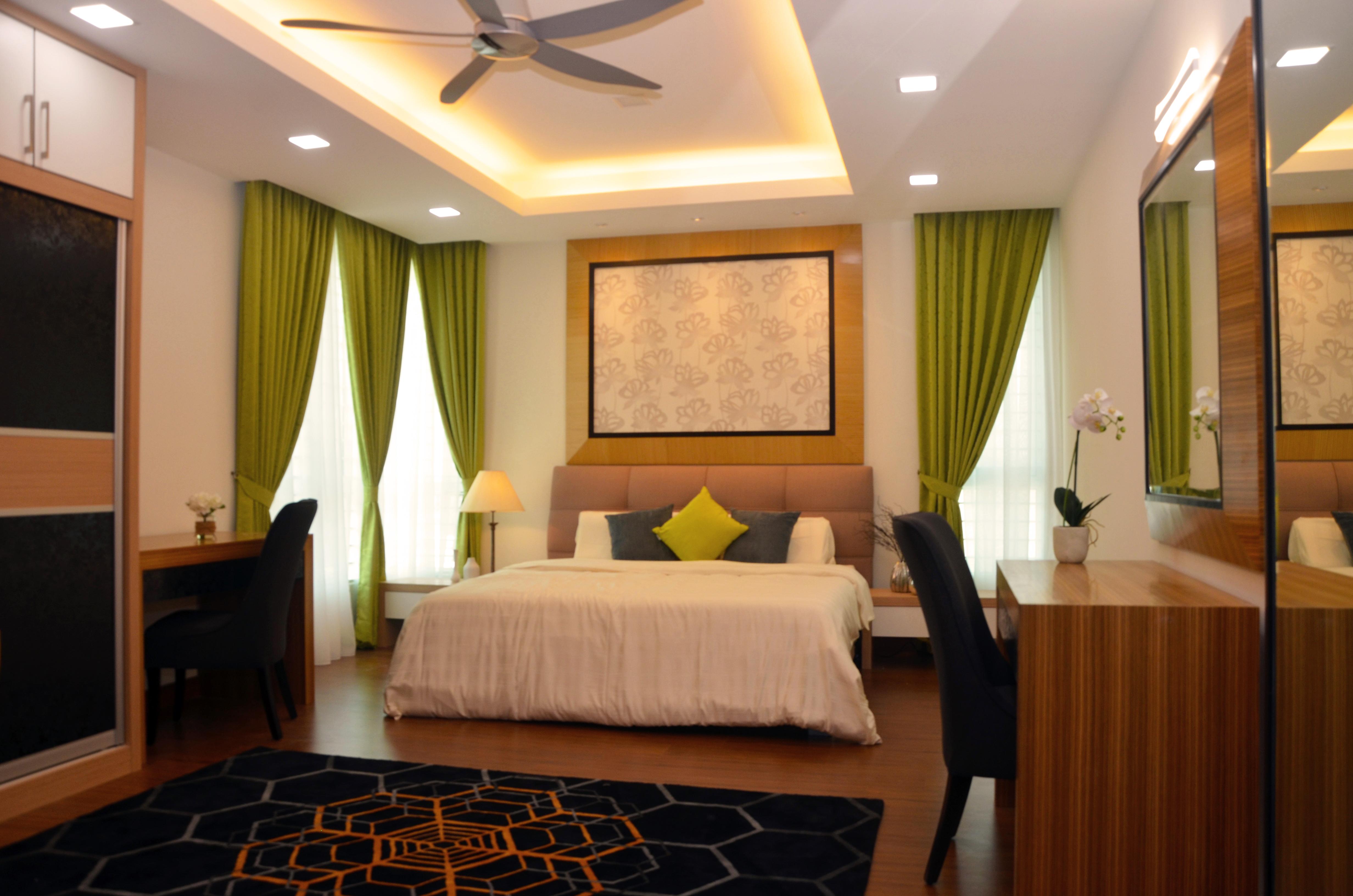 Master Bedroom - Upper Floor