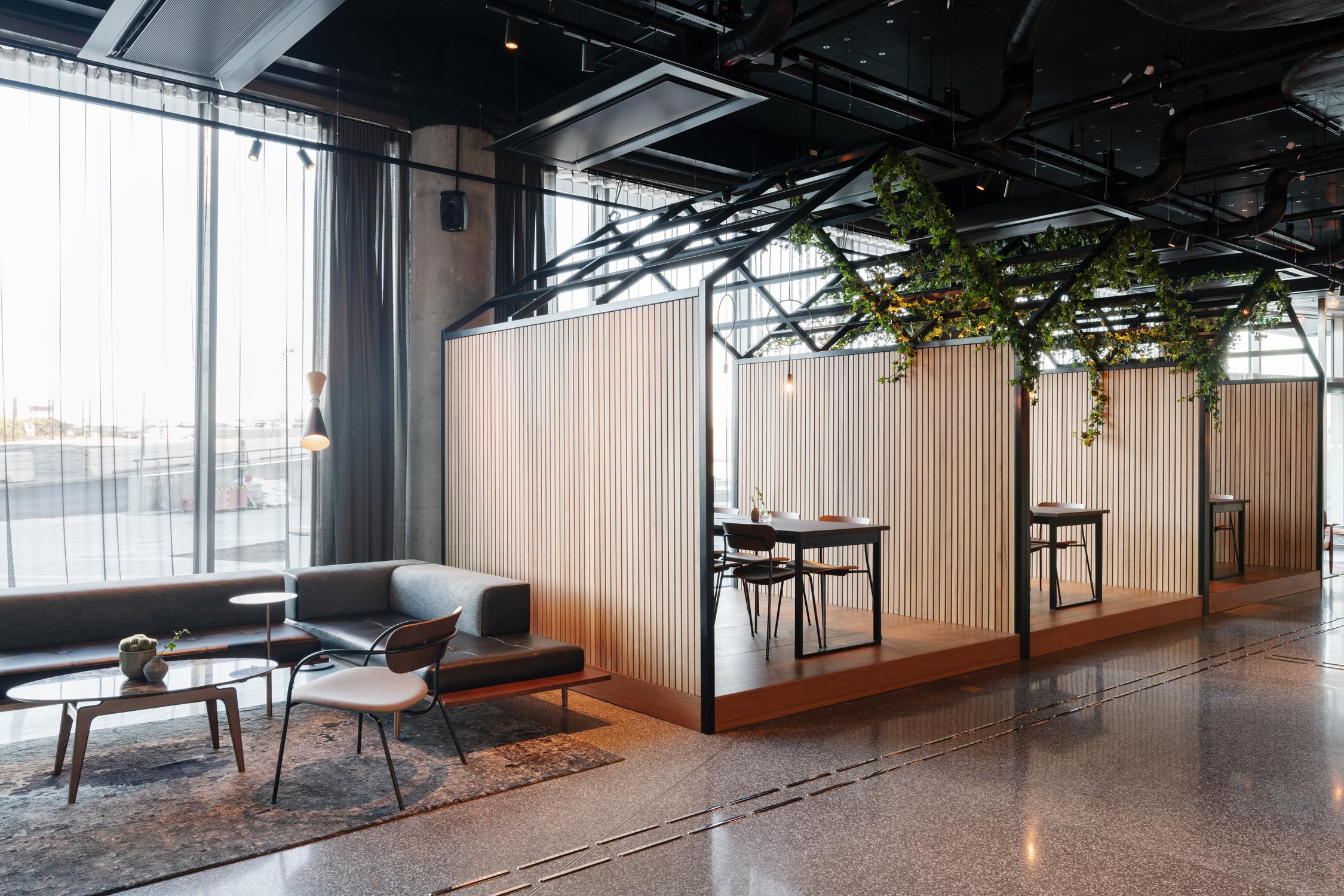 012_comfort_hotel_arlanda_lobby