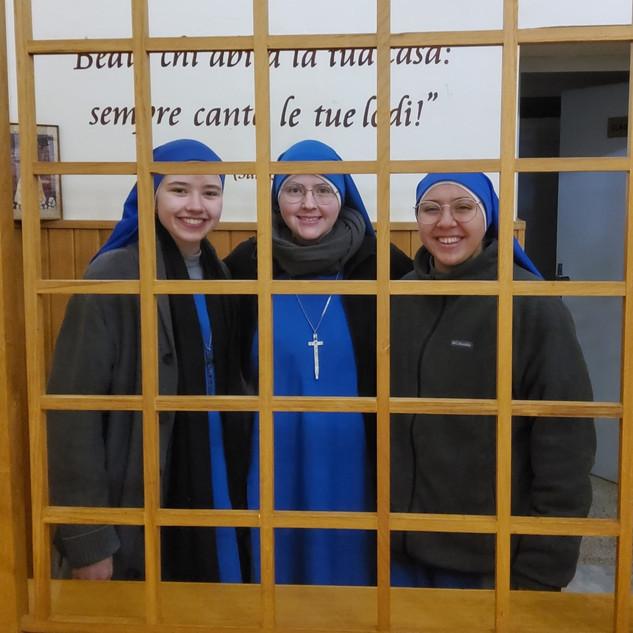 3 SOMD Sisters in Tuscania.jpeg