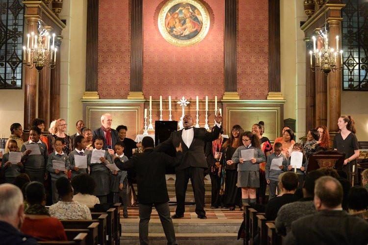 Pegasus+Opera+Community+Choir++with+Rona