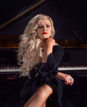 JENNIFER THOMAS at Hollywood Piano