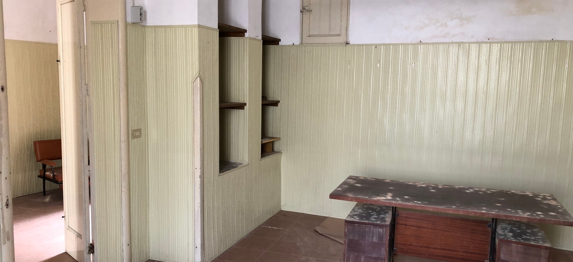Reverse on Front side Room