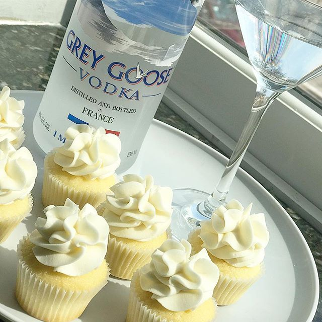Let's welcome spring with _greygoose #ma
