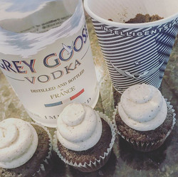 Super excited to create an Expresso Martini #Cupcake exclusively for Vive L'Espresso Martini Event h