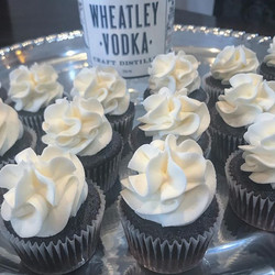 Beside our popular #Vanilla #martini, we also have #chocolate #martini cupcakes made with _wheatleyv
