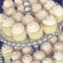 #tequilasunrise cupcakes made with #corazon #reposado, #grangala orange liqueur and grenadine