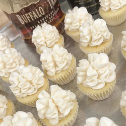 #Manhattan inspired cupcakes, classic and smooth.jpg Made with #buffalotrace and orange liqueur