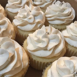 Did you know!_ In addition to our #booze #infused #cupcakes we also non-alcohol flavors such as #mad