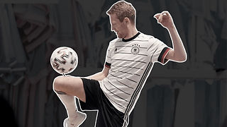 Fußball-Freestyle-Show-Act-Walking-Act-K