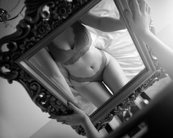 Liberty & Lace boudoir photography