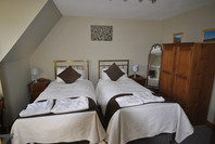 Farmhouse Accommodation Twin Bedroom