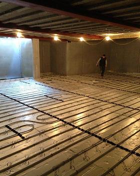 m&m-plumbers-underfloor-heating-fitting.